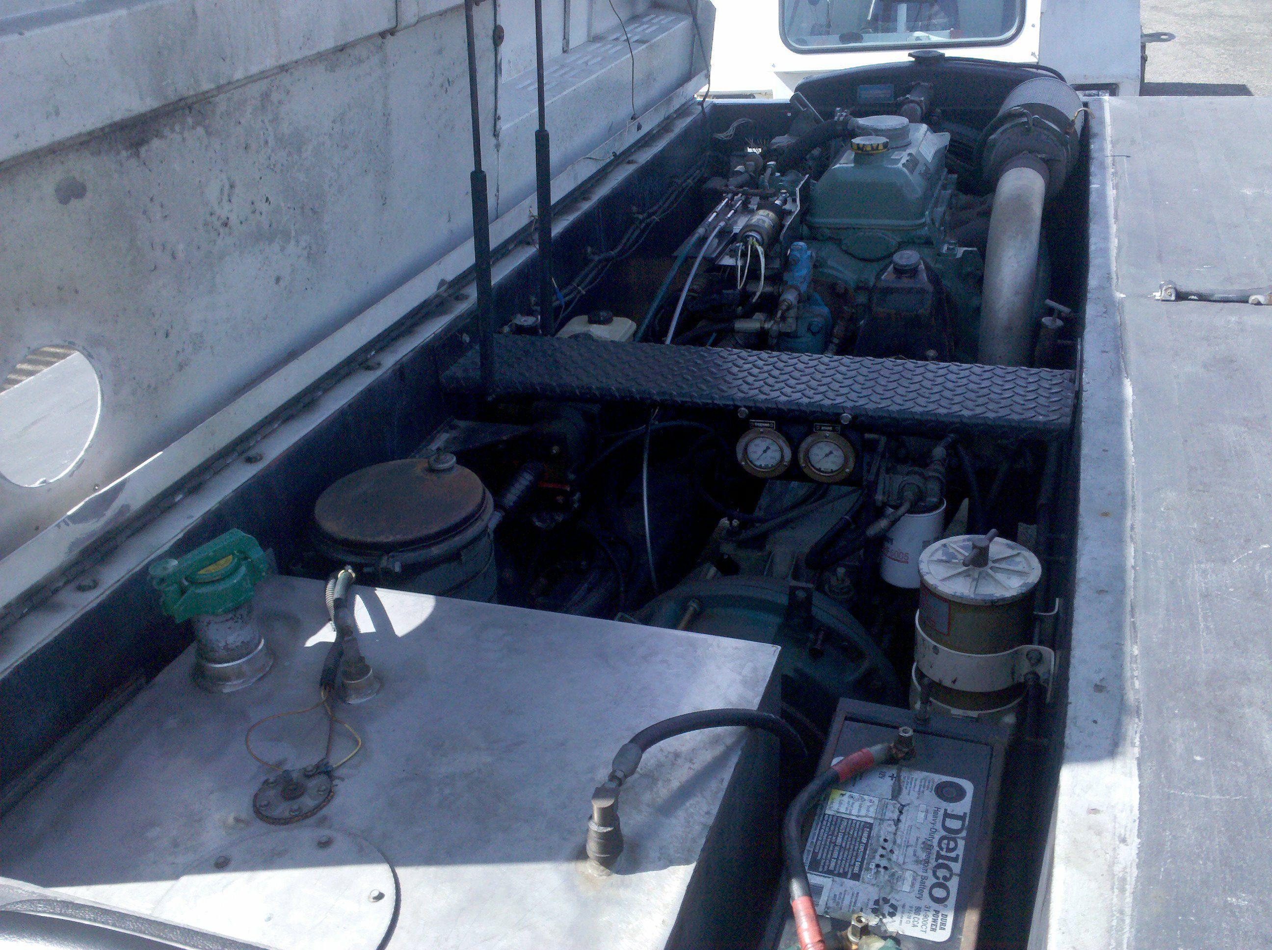 Stewart & Stevenson Pushback Tractor | Planet GSE